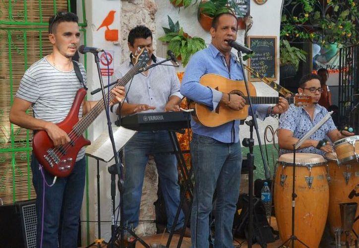 La música en vivo es parte del atractivo de 'La Negrita'. (Facebook/ La Negrita)
