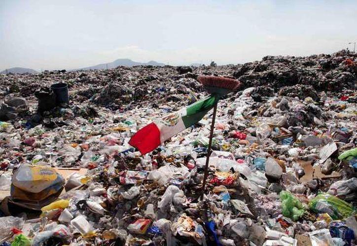 El 50 por ciento de los encharcamientos e inundaciones son provocados por la basura. (Terra México)