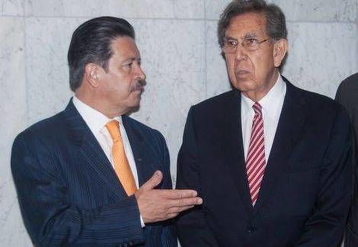 Cárdenas pidió la renuncia de la cúpula del PRD por la crisis interna que vive el partido. (Milenio)