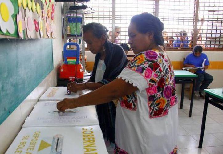 0El Iepac aprobó ayer los topes de precampaña electoral para gobernador, diputados locales y presidentes municipales para las elecciones del 2018. (Milenio Novedades)