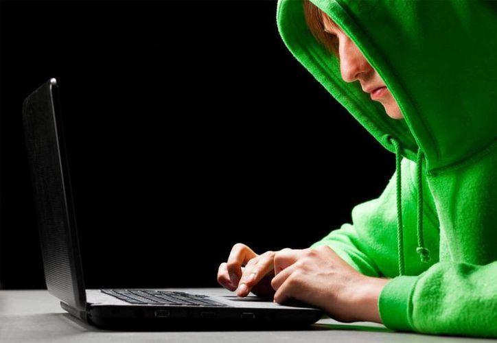 En Holanda un joven de 18 años infectó al menos dos mil computadoras con Blackshades. (digitaltrends.com)