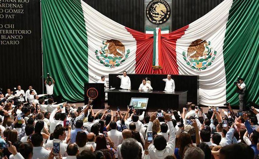 Los diputados de Quintana Roo resultaron 'reporbados' en la medición de desempeño legislativo. (Archivo/SIPSE)