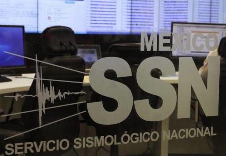 Se activaron protocolos de Protección Civil por el sismo. (Cuarto Oscuro)