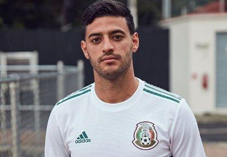 El 'Bombardero' habló sobre lo especial que es para cualquier futbolista jugar una Copa del Mundo. (Instagram)