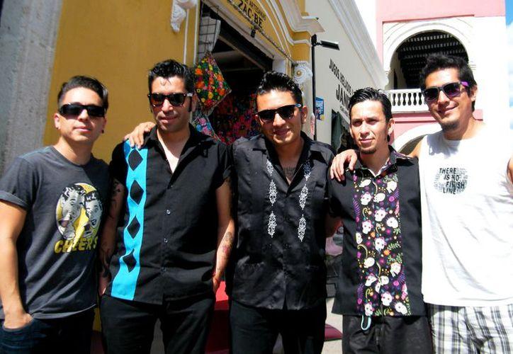 Los Black Jack en el Centro Histórico de Mérida. (SIPSE)