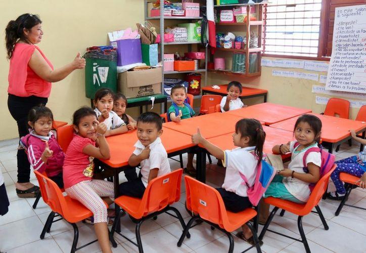 Autoridades aclaran que por ningún motivo, las cuotas pueden ser condicionante para el ingreso del estudiante. (Alejandra Carrión)