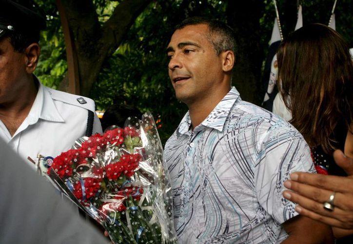 Romario, elogiado en el mundo del futbol y después por sus colegas políticos, planea ser gobernador de Río. (EFE)