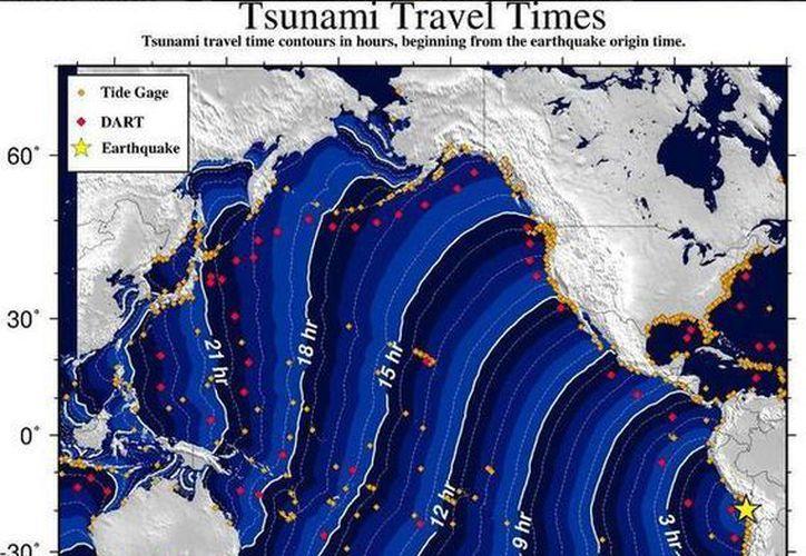 La imagen muestra los tiempos aproximados de impacto de un tsunami tras el sismo en Chile. (Twitter.com/@CNNEE)