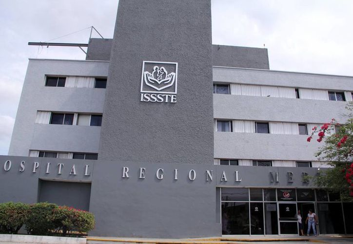 Los hospitales en Mérida ofrecen solo atención de urgencia tanto hoy como mañana. En la imagen, el hospital regional del Issste. (Milenio Novedades)