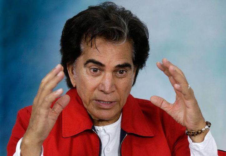 En entrevista exclusiva, José Luis Rodríguez 'El Puma' asegura que, pesar de la enfermedad incurable que padece, la fibromatosis pulmonar, no ha pensado en el retiro. (AP)