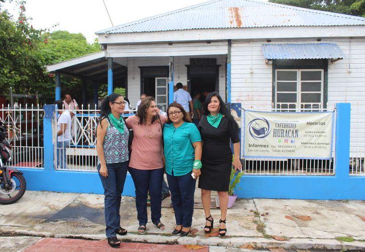 Integrantes del grupo Marea Verde denuncia que ha recibido amenazas por promover la despenalización del aborto en Quintana Roo.  (Joel Zamora/SIPSE)
