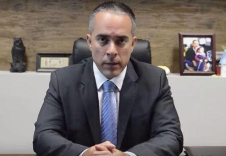 El procurador Carlos Navarro informó que por el interés superior de los menores, quienes estaban bajo custodia en una casa hogar de Hermosillo, serán devueltos a sus padres. (Captura de pantalla/Youtube)