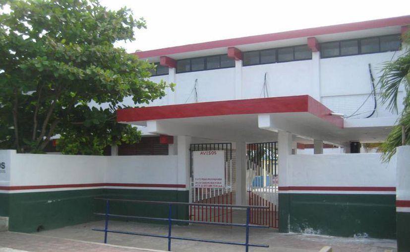 """La escuela primaria """"Andrés Quintana Roo"""" se mantuvo sin actividades. (Lanrry Parra/SIPSE)"""