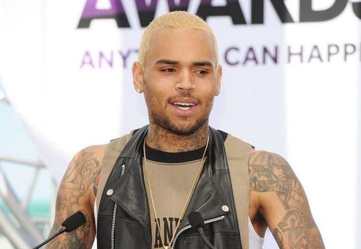 El cantante es acusado del cargo grave de agresión contra Chris Hollosy. (Internet)