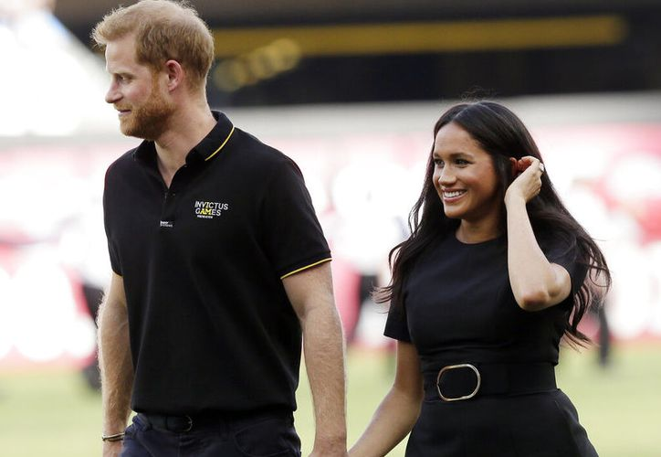 Desde el palacio de Buckingham no ven con buenos ojos la llegada de una consultoría externa para los duques. (AP Photo/Tim Ireland, file)