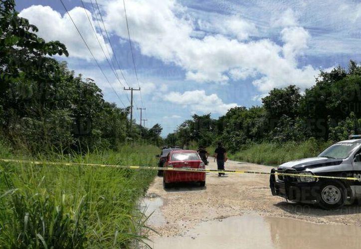El cuerpo fue hallado en un área de maleza . (Foto: Alejandro García)