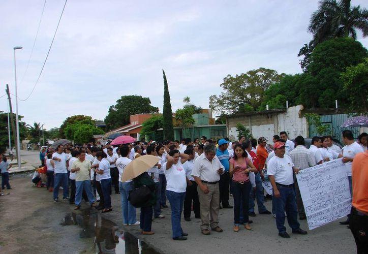 Miembros del movimiento magisterial se deslindaron de los hechos delictivos. (Manuel Salazar/SIPSE)