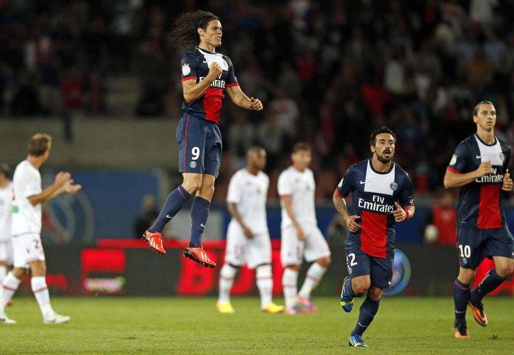 El rendimiento de Cavani (c) se ha visto opacado a últimas fechas por el de Ibrahimovic (d) en el PSG. (themalaysianinsider.com)