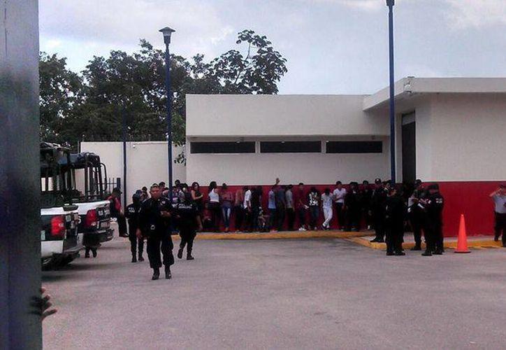 Los detenidos fueron turnados ante la autoridad correspondiente. (Redacción/SIPSE)