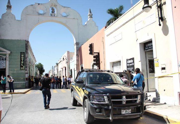 Los dos sujetos presuntos responsables del robo y asesinato en contra de un encargado de un cibercafé en San Juan, Ramiro Leal Cox, ya fueron puestos bajo prisión preventiva. (Fotos: Jorge Acosta/SIPSE)