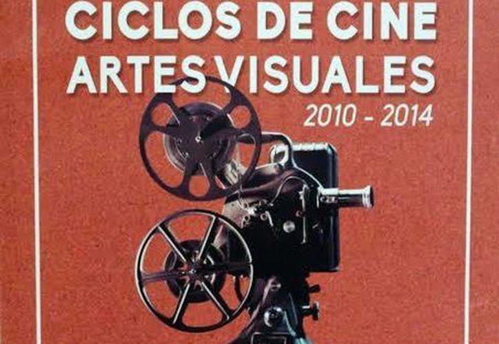 El catálogo gratuito 'Ciclos de Cine de Artes Visuales 2010- 2014' es un compendio de 70 páginas. (SIPSE)