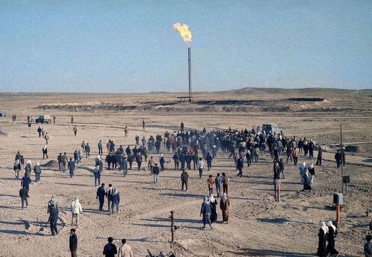 El yacimiento petrolero ocupado recientemente por rebeldes está en la provincia oriental siria de Deir el-Zour, cerca de Irak. (Foto: AP)
