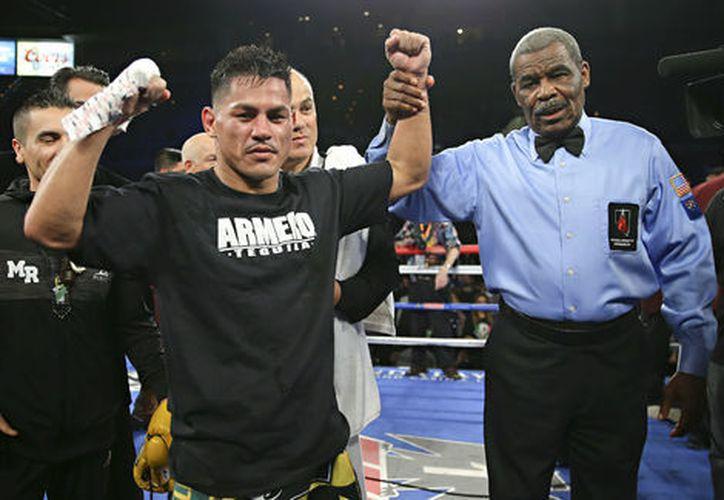 Este compromiso pondría al ganador un paso más cerca de la disputa del título súper pluma del Consejo Mundial de Boxeo. (Foto: Mileno)