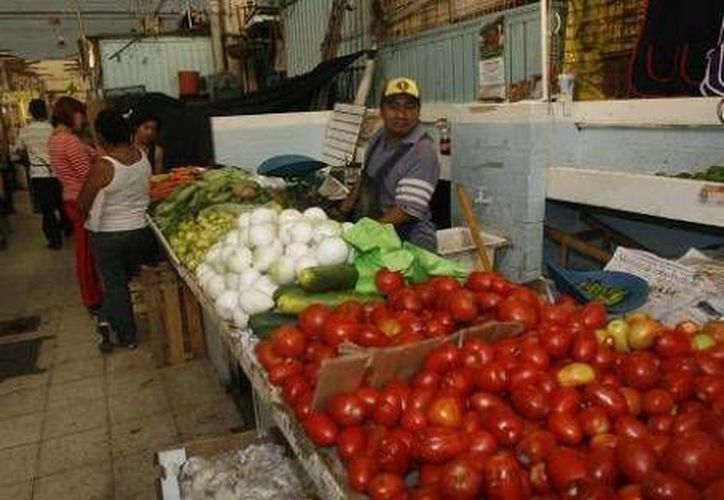 La inflación estuvo por debajo del 0.34 % previsto por el mercado. (Notimex)
