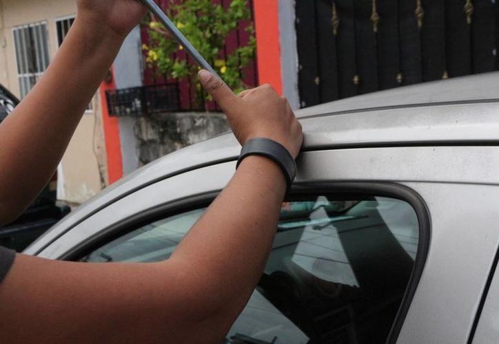 Mientras aprovechaba los descuentos del Buen Fin, a un ciudadano de Santa Elena le robaban su auto en Ticul (Foto de contexto SIPSE)