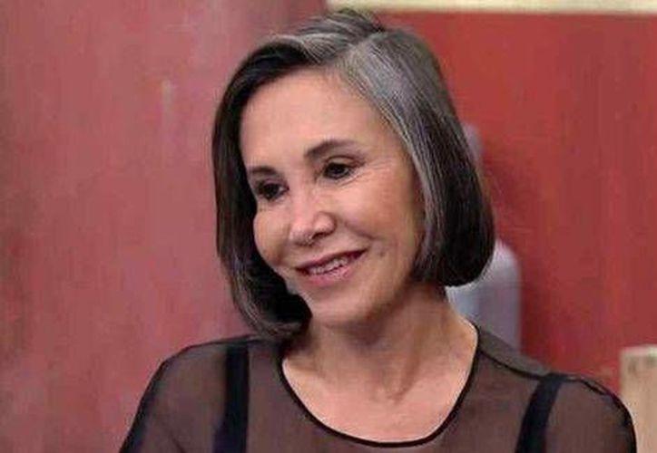 Florinda Meza, confesó que le urge vender la casa en la que vivió con Chespirito y que fue última morada del escritor y comediante en uno de los tres más exclusivos fraccionamientos de Cancún. (Milenio Digital)