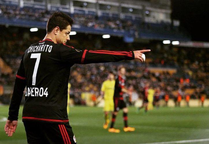 El atacante mexicano Javier 'Chicharito' Hernández se perderá el arranque de la Bundesliga debido a la lesión. (@CH14_)