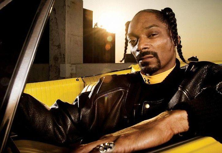 Snoop Dogg visitó Cancún el mes pasado para presentarse en el hotel Oasis Resort. (Internet)