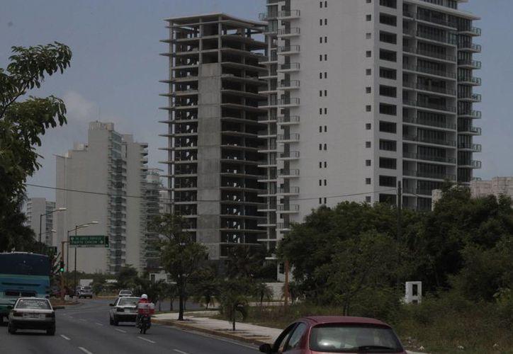 Los niveles permitidos serán 14 en el caso de edificios. (Tomás Álvarez/SIPSE)