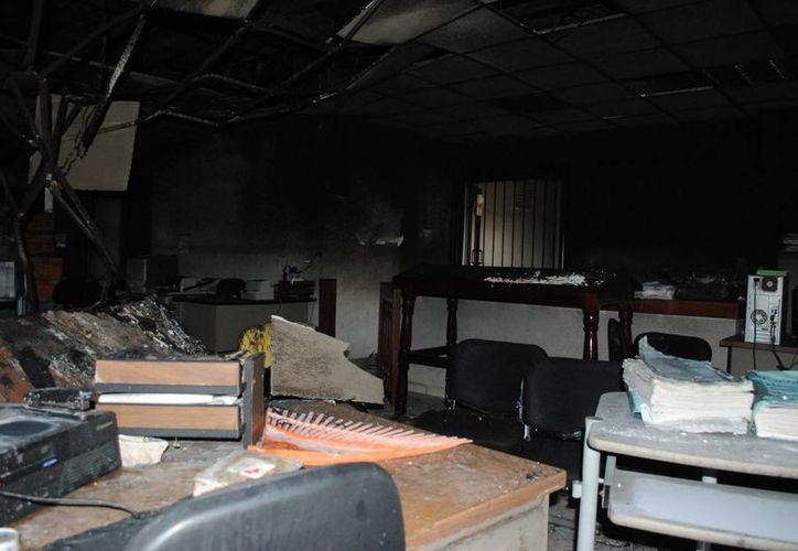 Se registraron graves daños en los Juzgados Penales. (Eric Galindo/SIPSE)