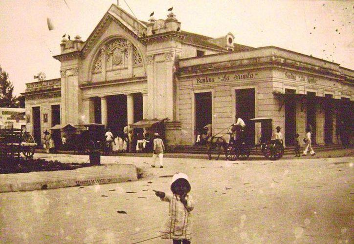 Estampa de la Mérida de principios del Siglo XX. (Sergio Grosjean/SIPSE)