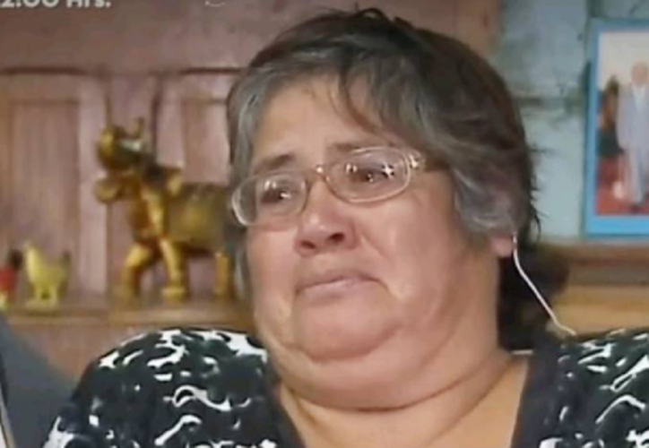 """La mujer afirma que las personas le cantan su """"remix"""" cuando la ven por la calle. (Foto: Twitter)"""