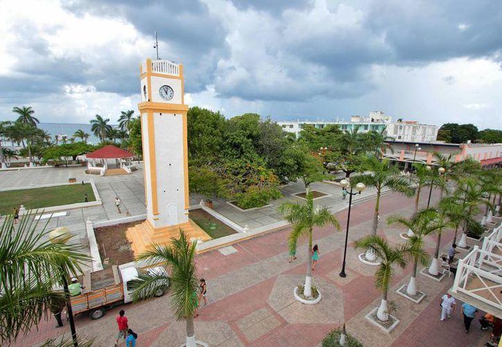 La remodelación del parque Benito Juárez se proyecta para ofrecer un nuevo rostro del centro de Cozumel. (Gustavo Villegas/SIPSE)