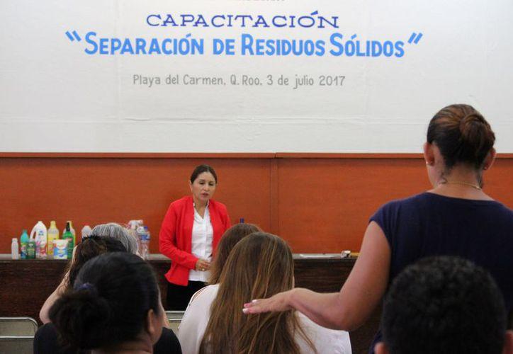 Inician jornadas de capacitación para la separación de residuos. (Adrián Barreto/SIPSE)