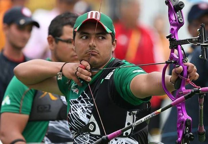 Ernesto Boardman es uno de los mexicanos que a partir de este lunes verá acción en la Copa del Mundo de Tiro con Arco, en Turquía. ( inedec.gob.mx)
