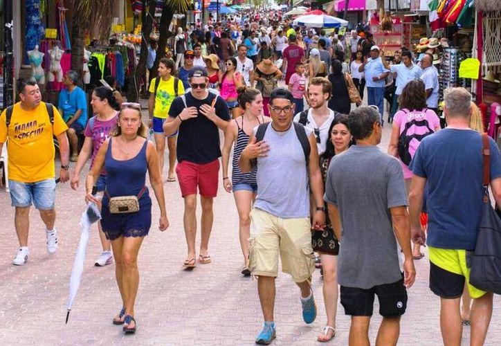Playa del Carmen sigue siendo la ciudad de Solidaridad que más turismo recibe. (Redacción/SIPSE).