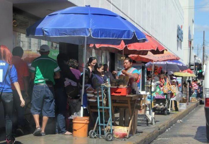 Aunque en Yucatán la tasa de desempleo es menor al promedio nacional, hay mucho empleo informal. (Milenio Novedades)