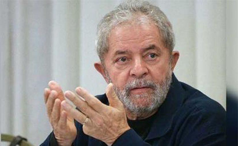 Lula se le impidió postularse en las elecciones de 2018, en lo que sus partidarios consideran una persecución política. (Foto: Notimex)