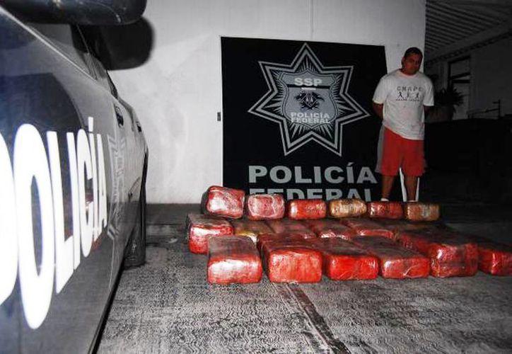 En diciembre de 2013, la Policía Federal reportó haber asegurado mil 853 kilogramos de drogas diversas. (Archivo SIPSE)