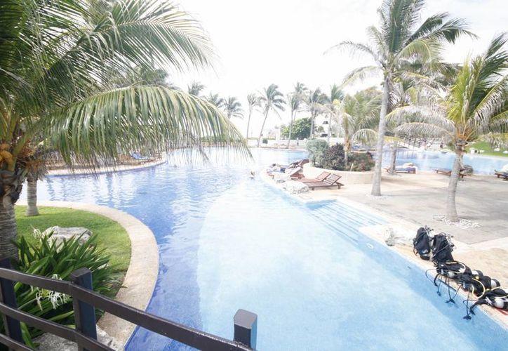 La Guía Marti apoya a los inversionistas a conocer aspectos de normatividad en el desarrollo inmobiliario en la costa de Quintana Roo. (Archivo/SIPSE)