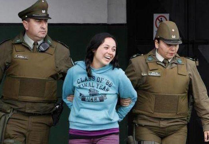 Nataly Casanova fue arrestada 10 después de los atentados en el metro de Santiago. (EFE)