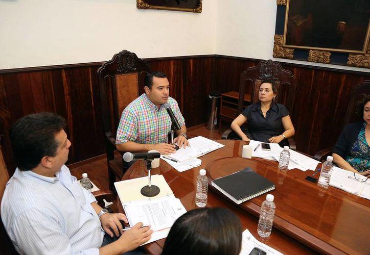 El Alcalde presidió la sesión extraordinaria de Cabildo. (Milenio Novedades)