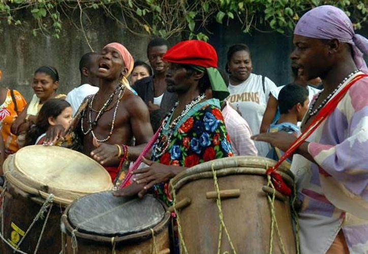 La actividad se hará también con grupos garífunas, que son un grupo étnico de origen africano que reside en varias regiones de Centroamérica, Caribe y Estados Unidos.(Contexto/Internet)