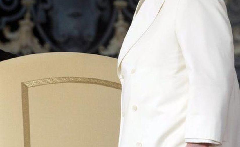 El papa Francisco celebra la audiencia general de los miércoles en la Plaza de San Pedro en el Vaticano. (EFE)