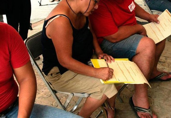 El Gobierno del Estado informó que en Yucatán se crearon unas 4,000 empresa, en los últimos 32 meses, lo que generó más de 30,000 nuevos empleos, inscritos en el IMSS. (Archivo/Milenio Novedades)