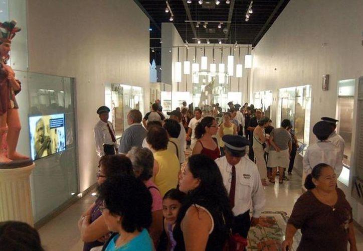 La civilización maya despierta gran interés entre los turistas.(Milenio Novedades)
